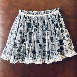 Disney dsigned alice in wonderland skirt small 7/8